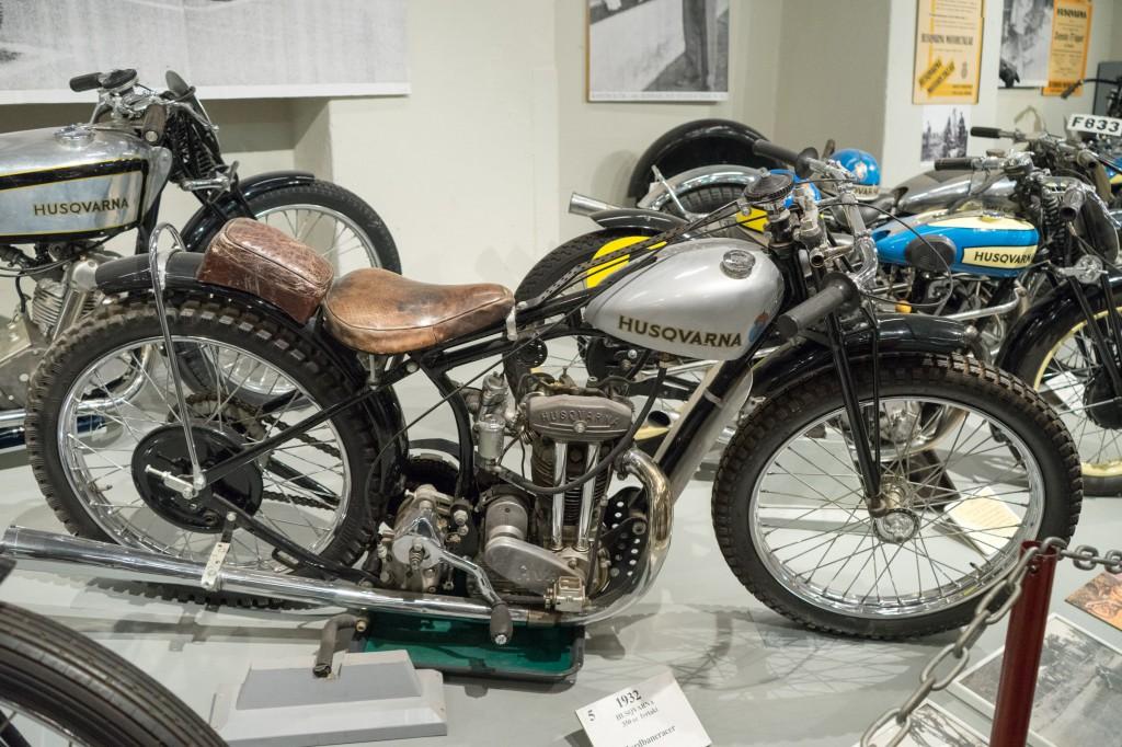 Altes Motorrad im Husqvarna Museum (pp)