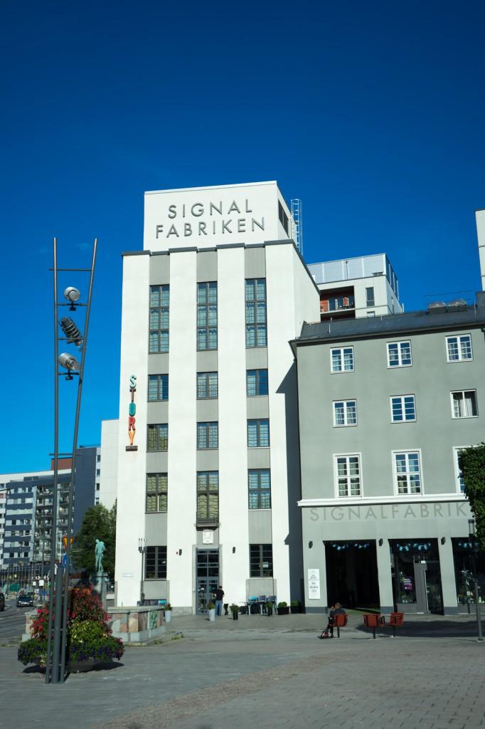 Unser Hotel von außen (pp)