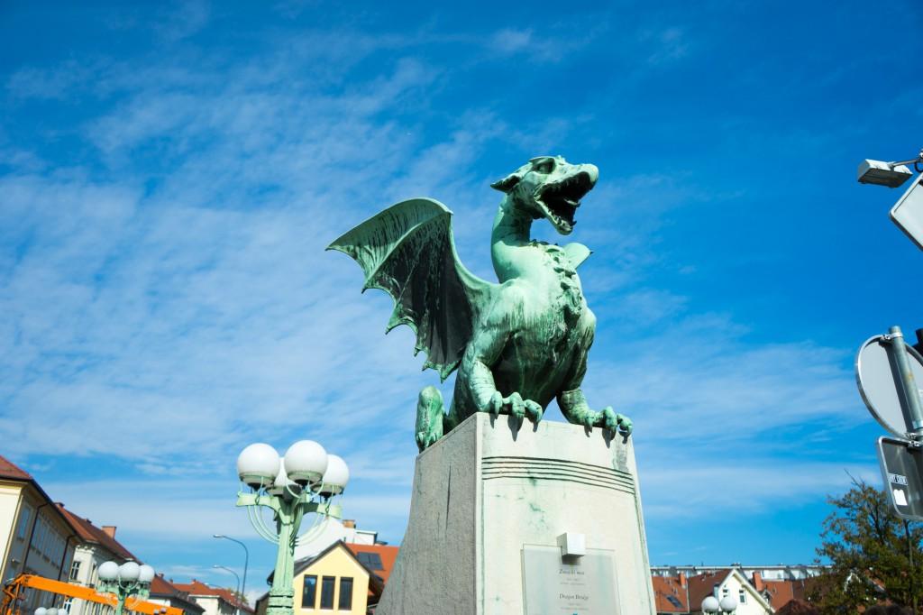 Einer von vielen Drachen in Ljubljana (vh)