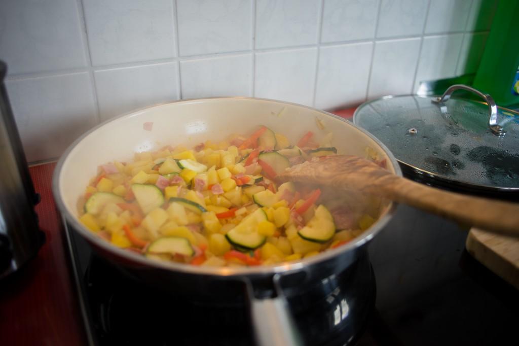 Gemüse anbrutzeln (vh/pp)