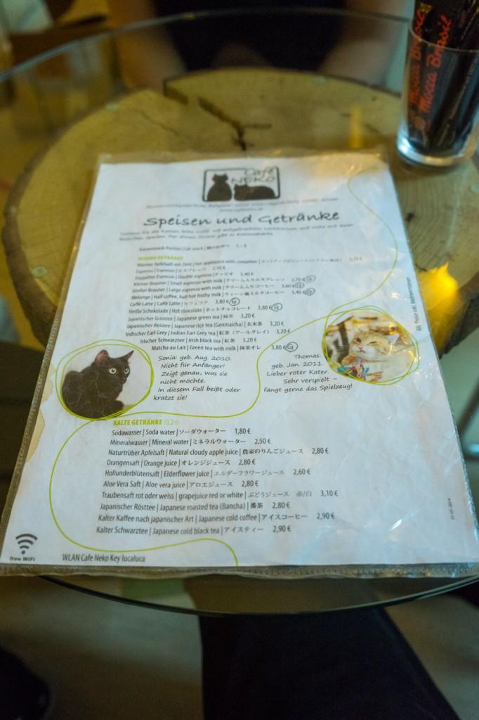 Speisekarte und Beschreibungen der Katzen (pp)