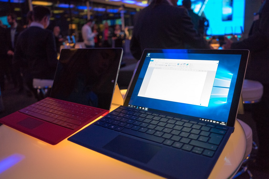 Surface 3 (links) und Surface Pro 4 (rechts) (pp)