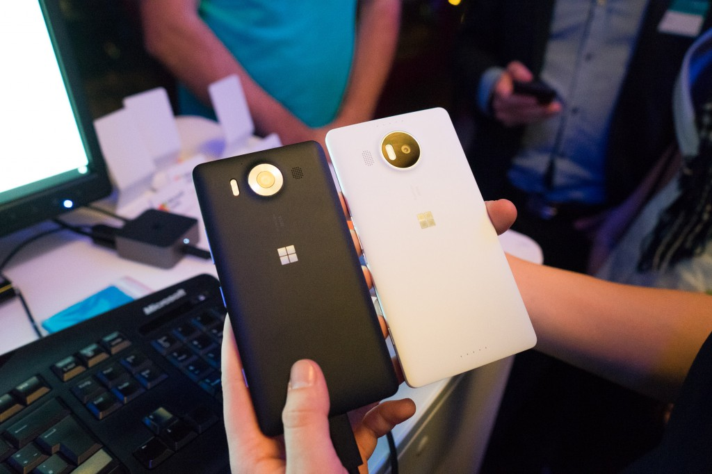 Lumia 950 (links) und Lumia 950 XL (pp)