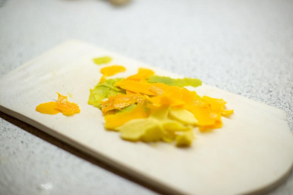 Orangen- und Limettenschale (pp)