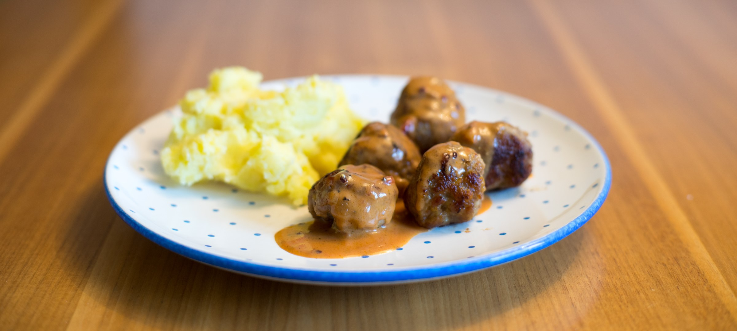 Köttbullar (schwedische Fleischbällchen)