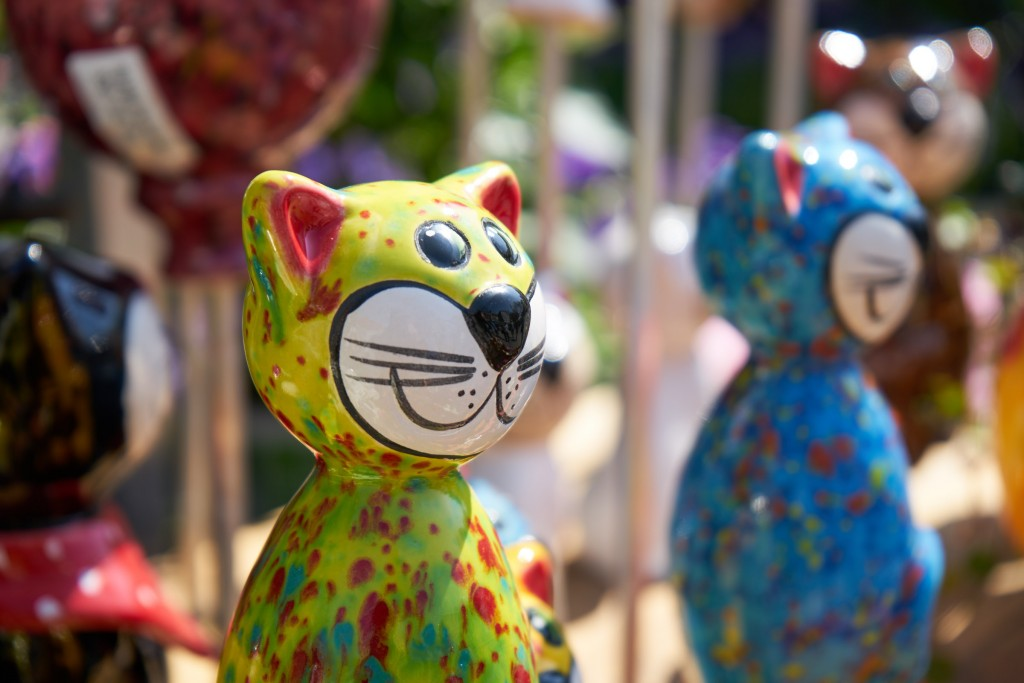 Niedliche Katzenfiguren für den Garten (pp)