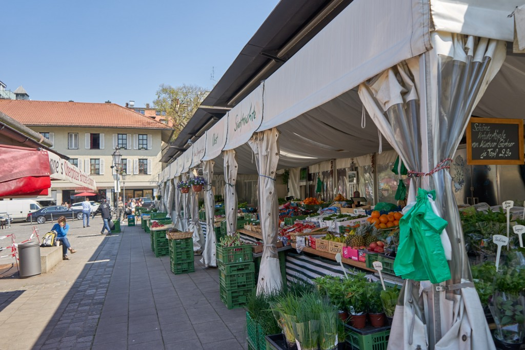 Am Viktualienmarkt (pp)