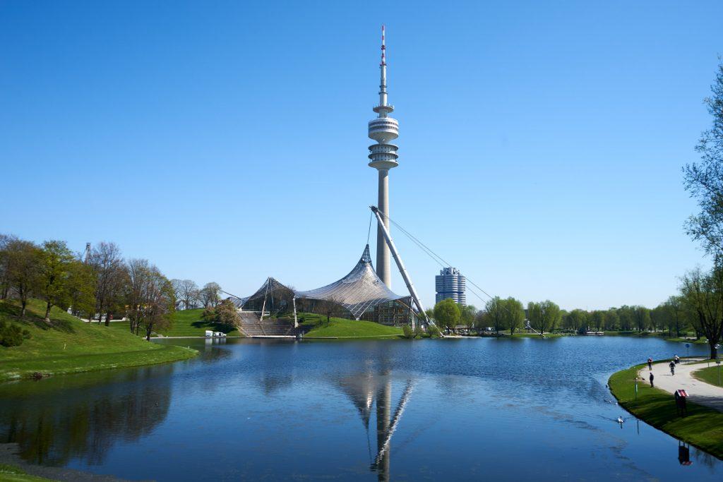 München Tag 2: Olympiapark, BMW Welt und BMW Museum