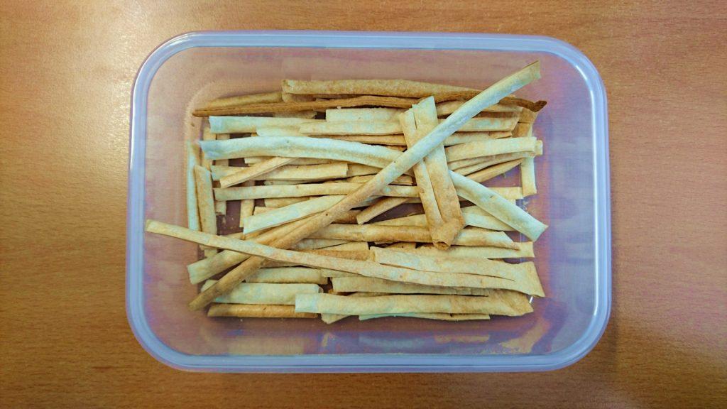 Teigstangen aus Flammkuchenteig zum Snacken