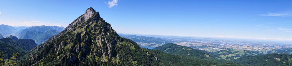 Panoramablick auf den Traunstein