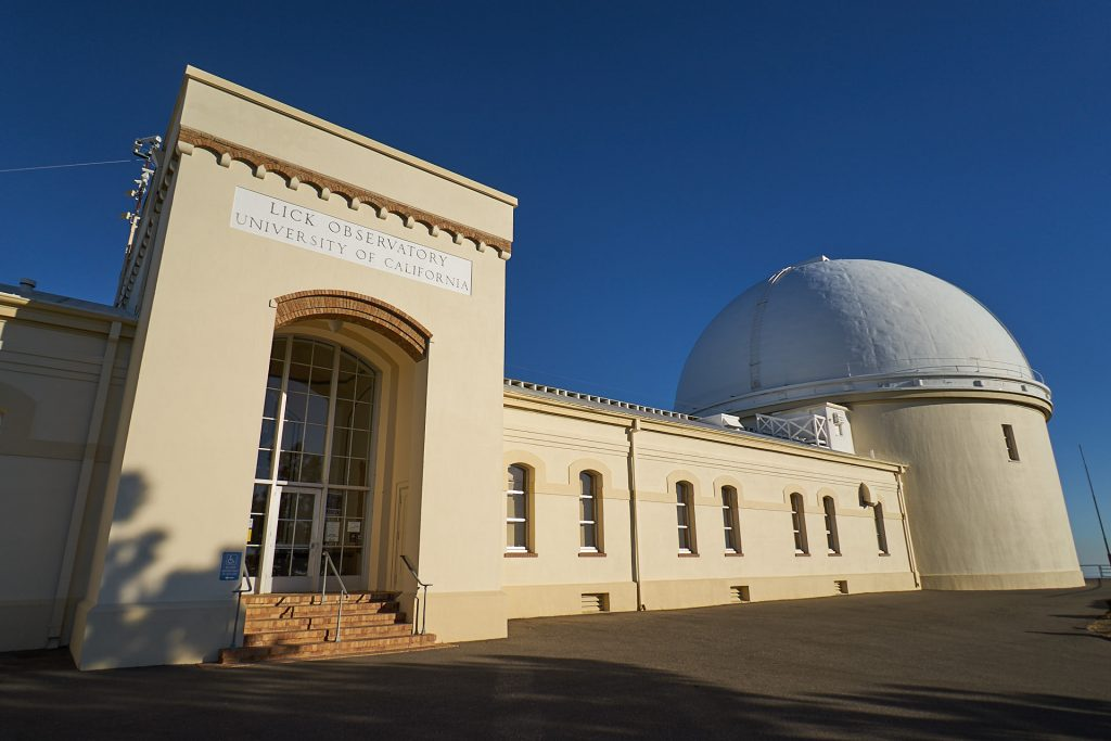 Das alte Hauptgebäude vom Lick Observatorium.